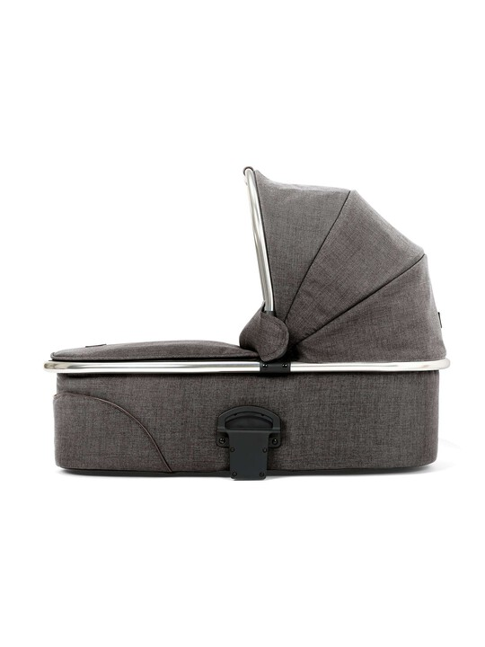Chrome Carrycot Carrycot - Chestnut image number 1